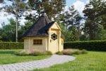 BBQ Hut 6.9m2