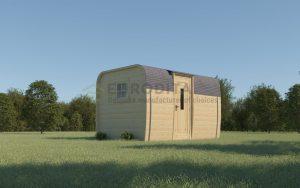 Nuo palapinių iki namelių - jauki stovyklavietė su rąstinėmis kapsulėmis