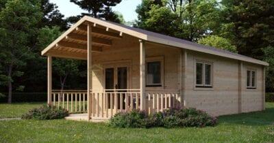 Cabaña de madera laminada a medida en verano